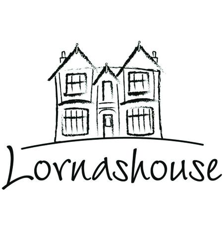 Lornas house4